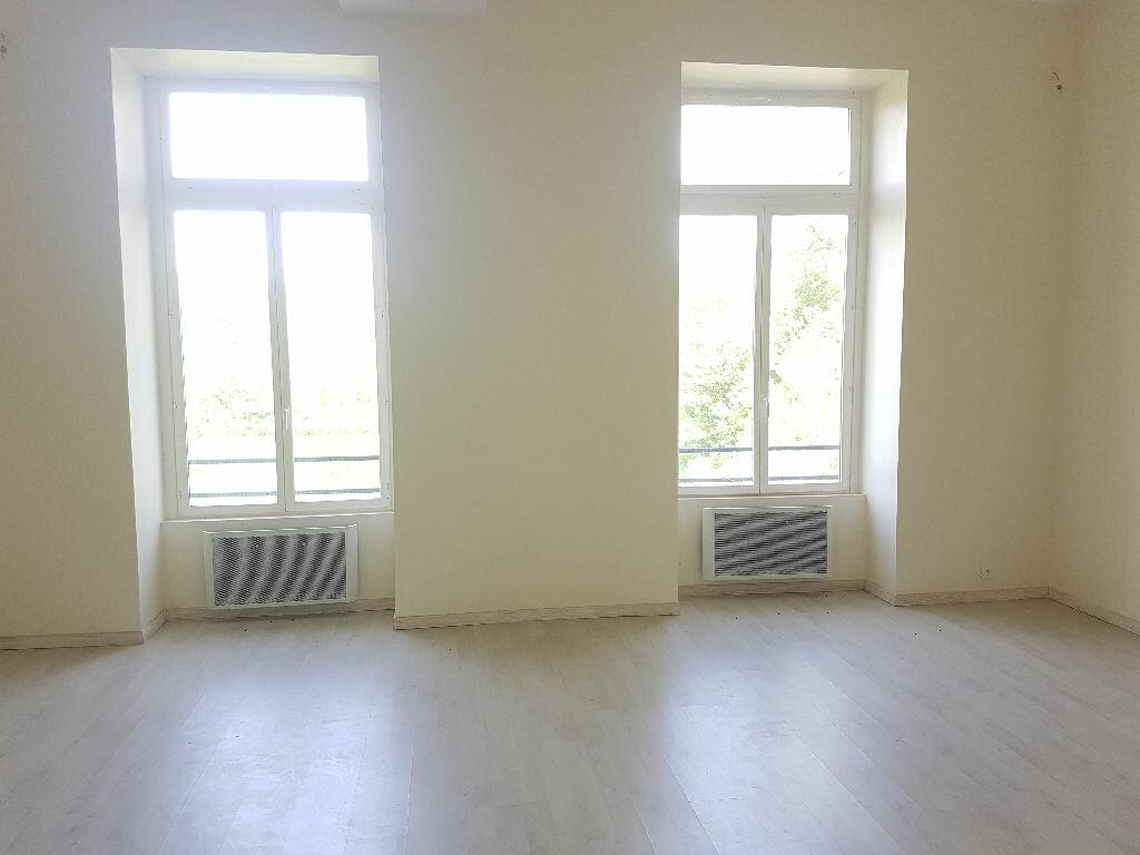 Appartement à vendre 4 93m2 à Citry vignette-3