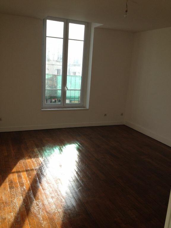 Appartement à louer 3 55.49m2 à Meaux vignette-3