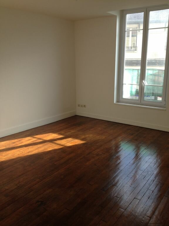 Appartement à louer 3 55.49m2 à Meaux vignette-4