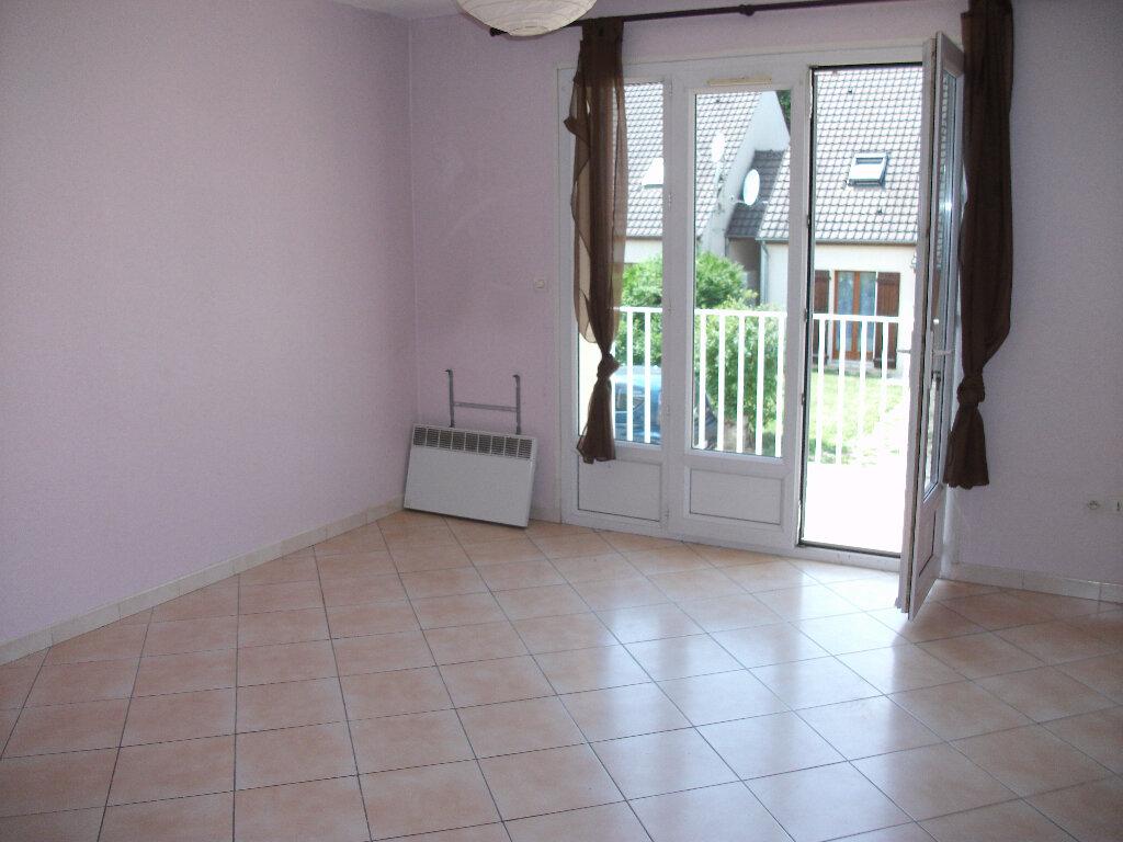 Appartement à louer 2 45.23m2 à Penchard vignette-1