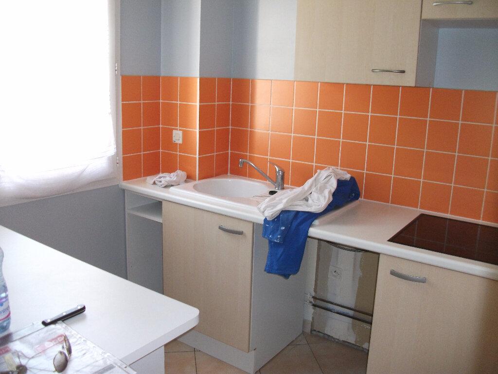 Appartement à louer 2 45.23m2 à Penchard vignette-2