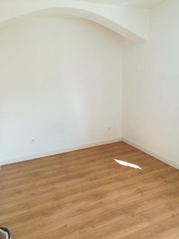 Appartement à louer 3 64.34m2 à Armentières-en-Brie vignette-4