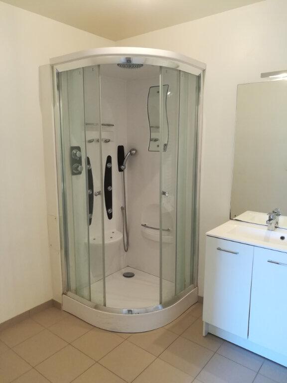Appartement à louer 3 64.34m2 à Armentières-en-Brie vignette-6