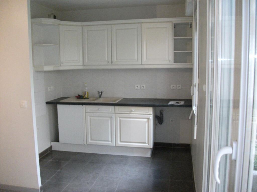 Appartement à louer 2 41.01m2 à Meaux vignette-2