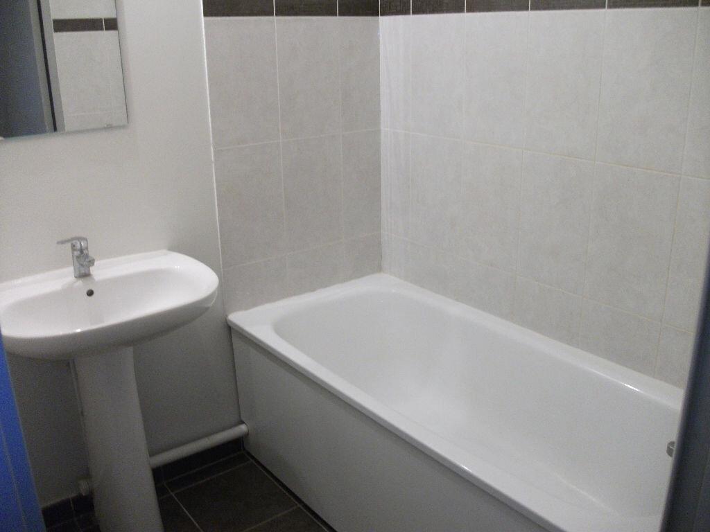 Appartement à louer 2 41.01m2 à Meaux vignette-4