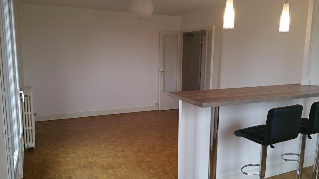 Appartement à louer 3 66.2m2 à Meaux vignette-1