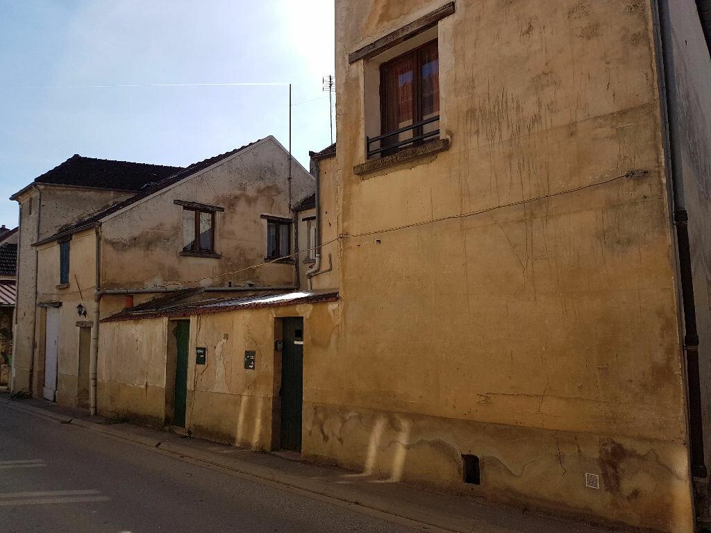 Immeuble à vendre 0 210m2 à Charly-sur-Marne vignette-2