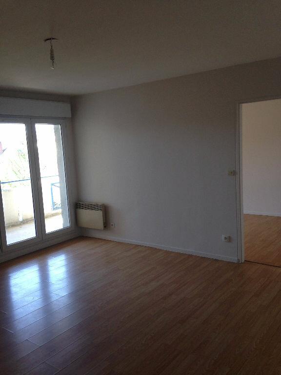 Appartement à louer 2 51.63m2 à Villenoy vignette-1