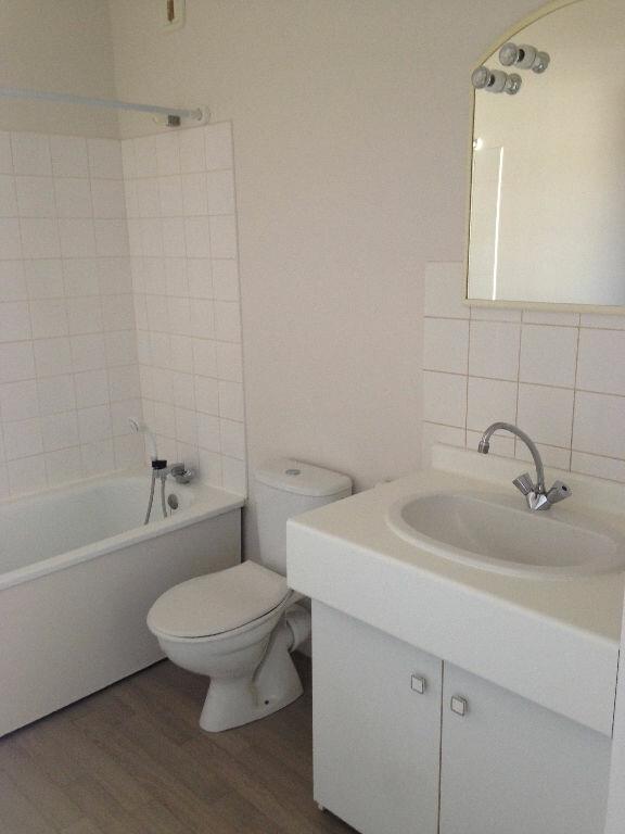 Appartement à louer 2 51.63m2 à Villenoy vignette-4