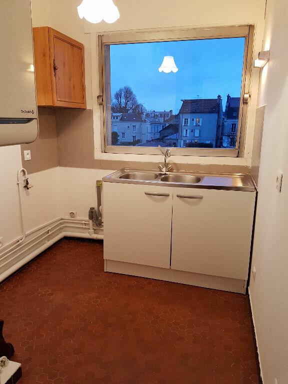 Appartement à louer 2 37.81m2 à Meaux vignette-3