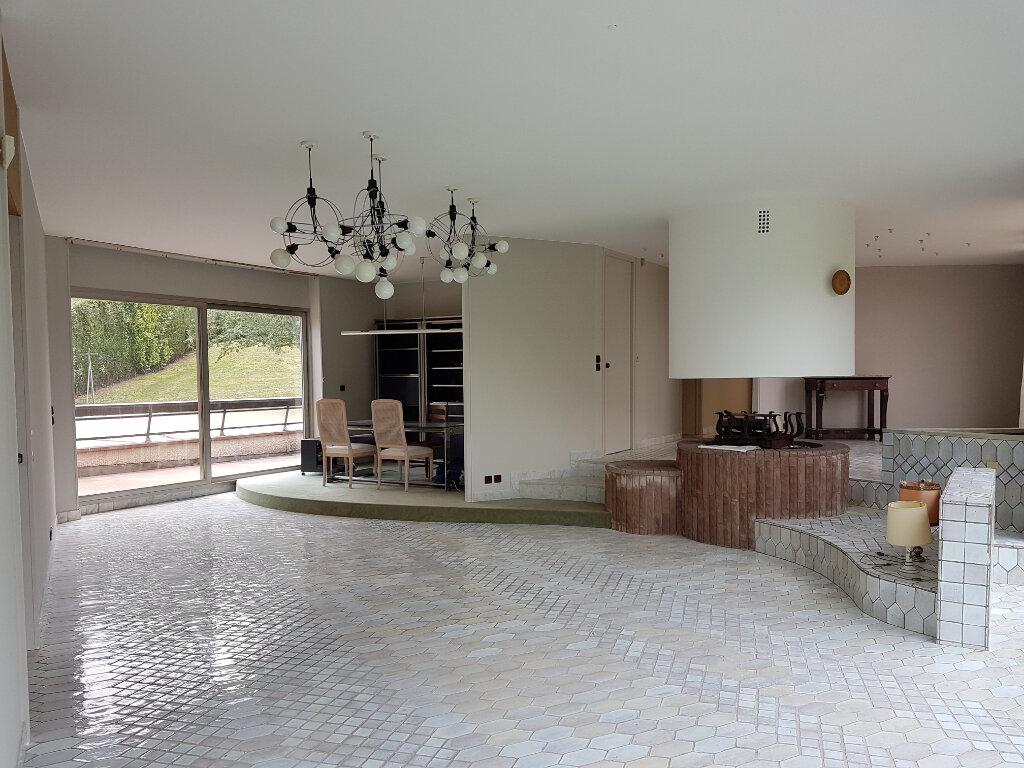 Maison à vendre 7 430m2 à Saint-Jean-les-Deux-Jumeaux vignette-4
