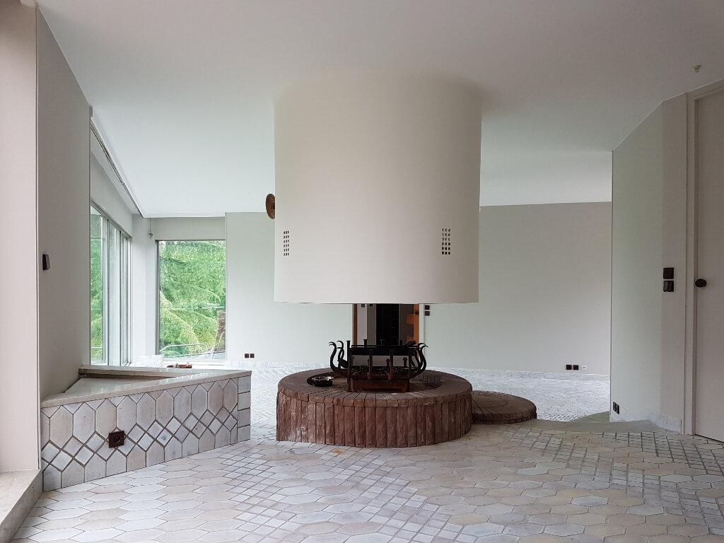 Maison à vendre 7 430m2 à Saint-Jean-les-Deux-Jumeaux vignette-6