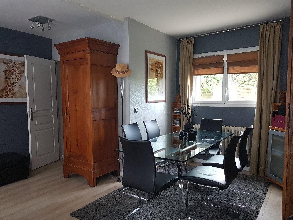 Maison à vendre 4 80m2 à Pavant vignette-3