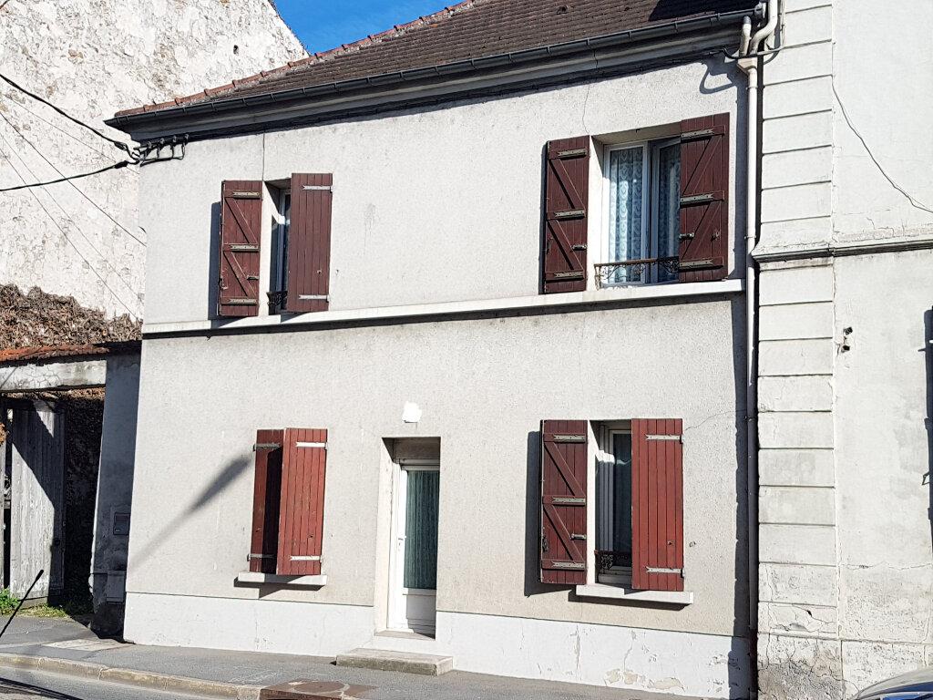 Maison à vendre 3 75m2 à La Ferté-sous-Jouarre vignette-1