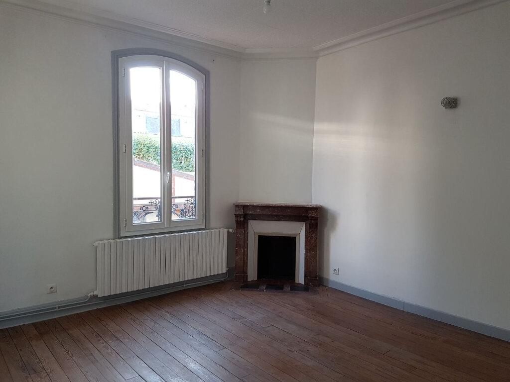 Appartement à louer 3 49.02m2 à Meaux vignette-1