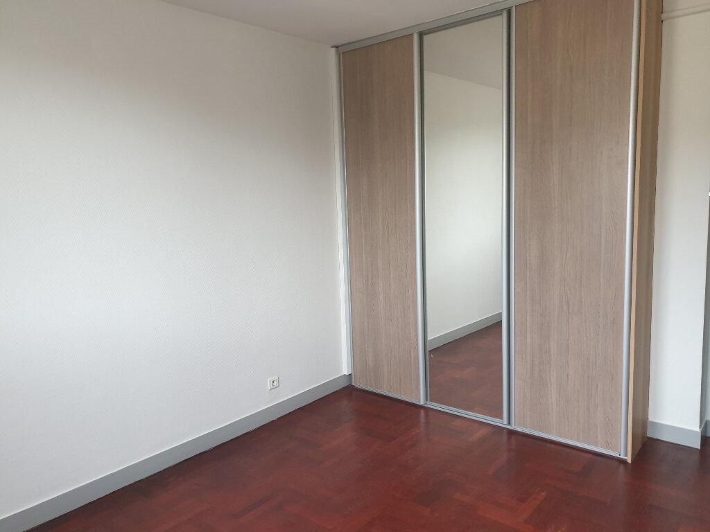 Appartement à louer 3 66.81m2 à Meaux vignette-4