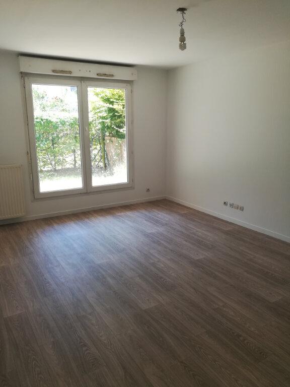 Appartement à louer 2 39m2 à Meaux vignette-1