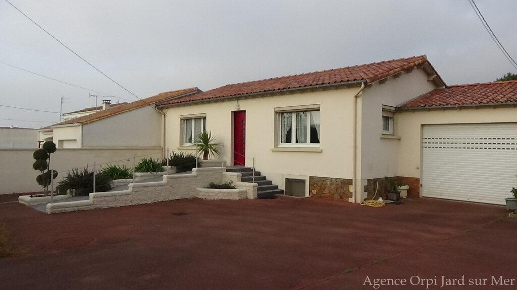 Maison à vendre 6 151.5m2 à Jard-sur-Mer vignette-1