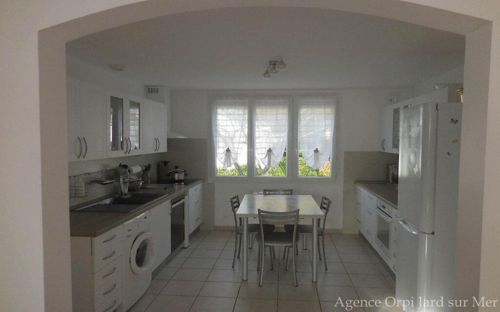 Maison à vendre 6 151.5m2 à Jard-sur-Mer vignette-3