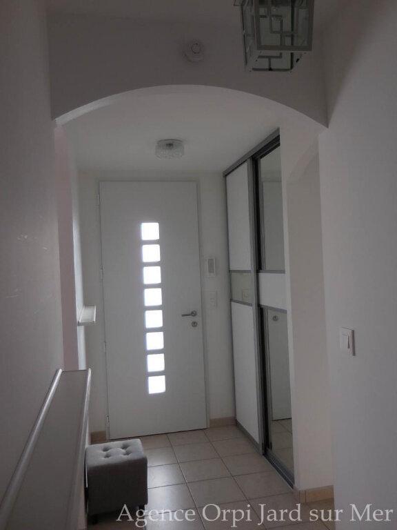 Maison à vendre 6 151.5m2 à Jard-sur-Mer vignette-4