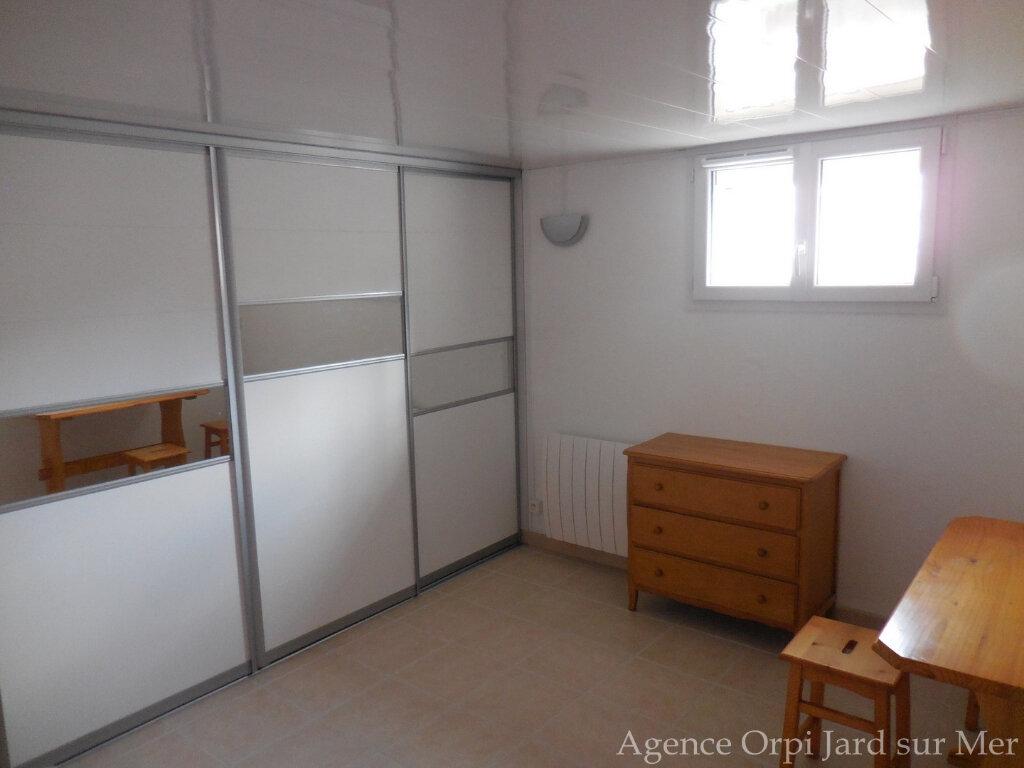 Maison à vendre 6 151.5m2 à Jard-sur-Mer vignette-5