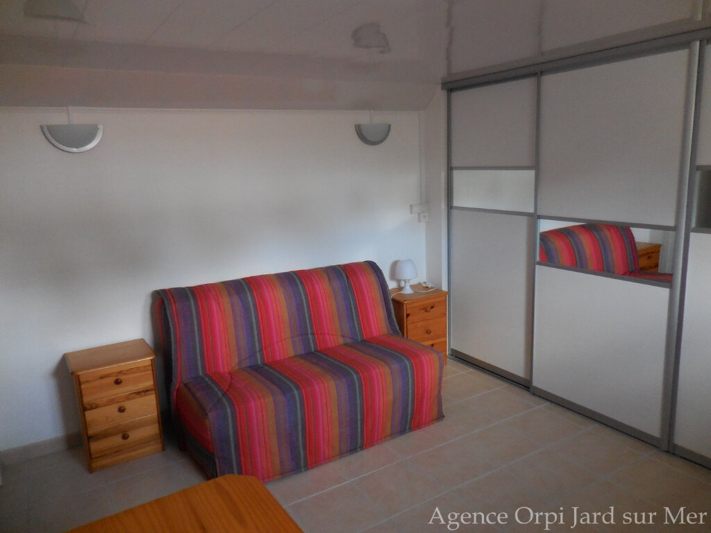 Maison à vendre 6 151.5m2 à Jard-sur-Mer vignette-6