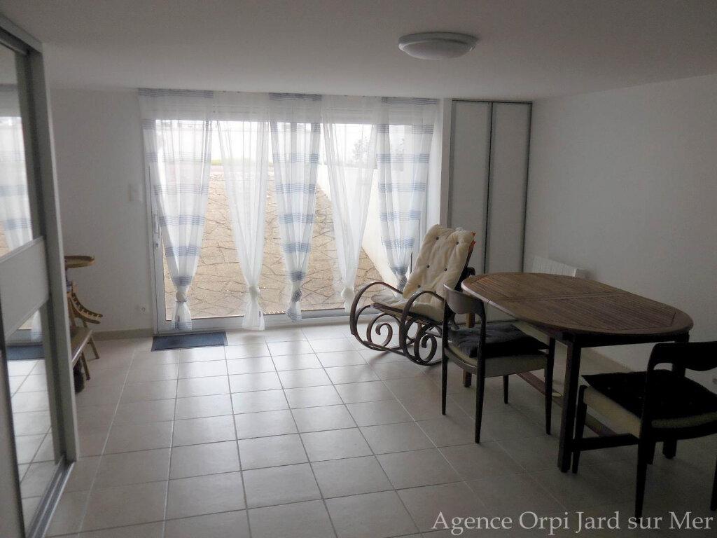Maison à vendre 6 151.5m2 à Jard-sur-Mer vignette-7