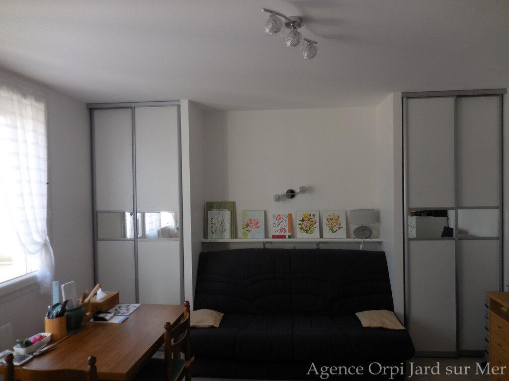Maison à vendre 6 151.5m2 à Jard-sur-Mer vignette-8