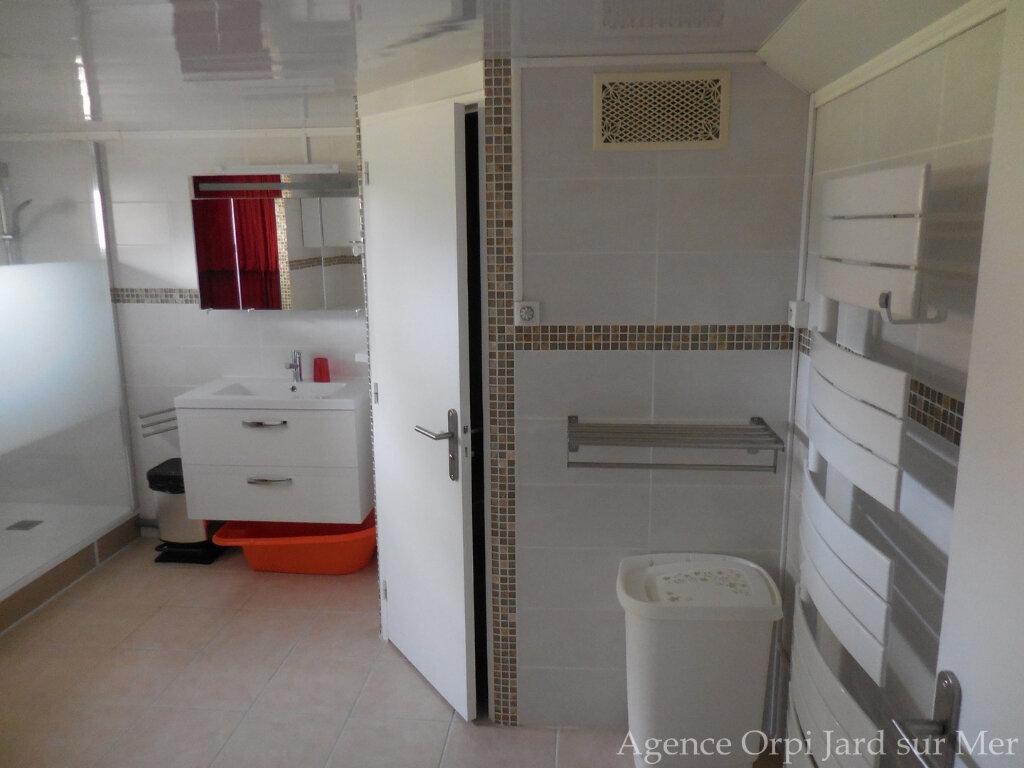Maison à vendre 6 151.5m2 à Jard-sur-Mer vignette-11