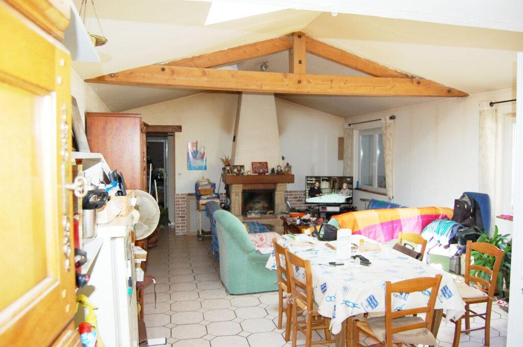 Maison à vendre 4 121m2 à Longeville-sur-Mer vignette-2