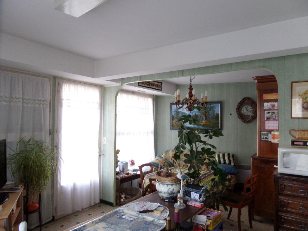 Maison à vendre 6 138m2 à Longeville-sur-Mer vignette-3