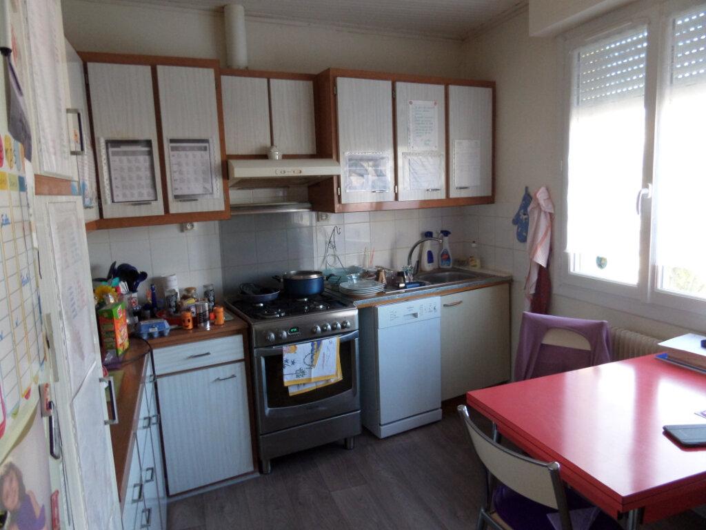 Maison à vendre 6 138m2 à Longeville-sur-Mer vignette-4