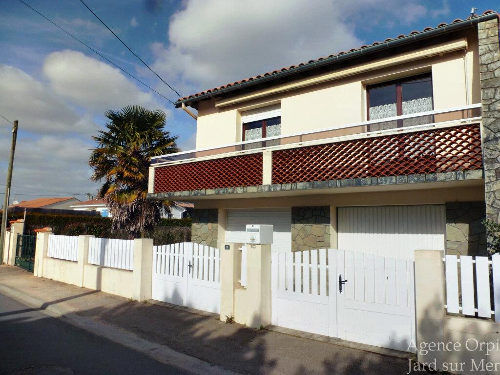 Maison à vendre 4 71m2 à Jard-sur-Mer vignette-1