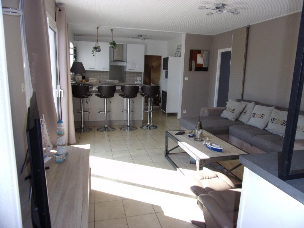 Maison à vendre 3 80m2 à Saint-Hilaire-la-Forêt vignette-2