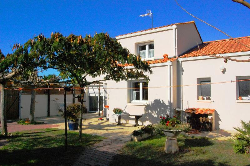 Maison à vendre 5 152m2 à La Tranche-sur-Mer vignette-1