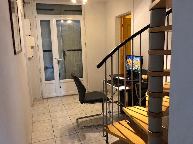 Maison à vendre 5 115m2 à Aytré vignette-3