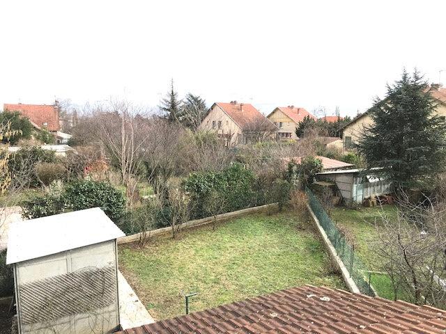 Maison à louer 3 88.94m2 à Vaulx-en-Velin vignette-9
