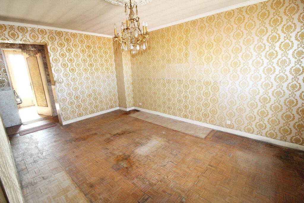 Appartement à vendre 4 75m2 à Toulouse vignette-3