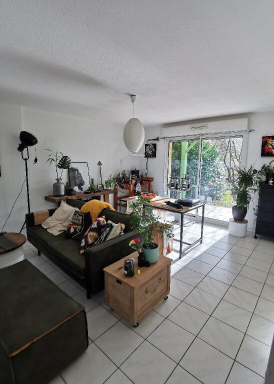 Appartement à louer 2 46.73m2 à Saint-Vincent-de-Tyrosse vignette-1
