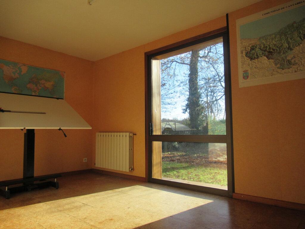 Maison à vendre 8 189m2 à Saint-Vincent-de-Tyrosse vignette-4