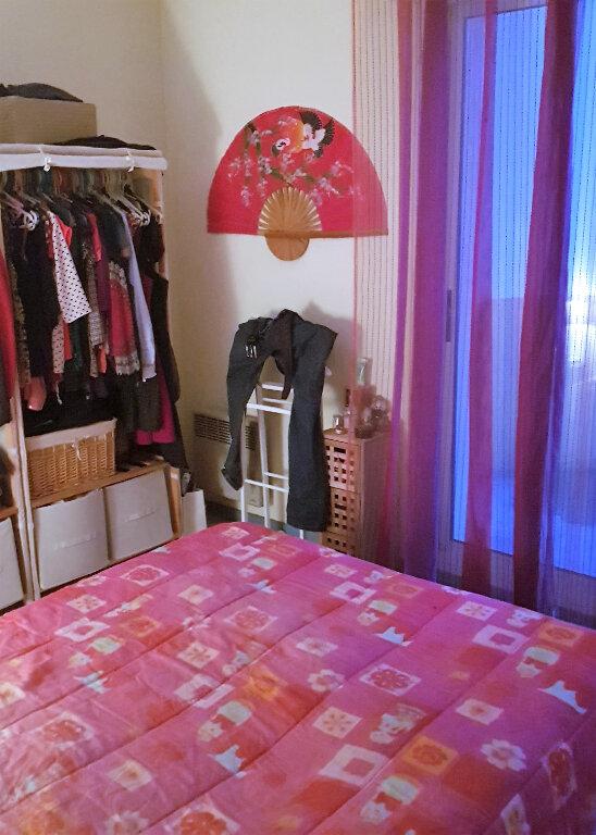 Appartement à louer 2 47m2 à Saint-Vincent-de-Tyrosse vignette-2