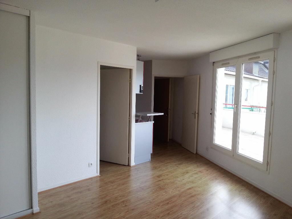 Appartement à louer 1 32.27m2 à Billère vignette-2