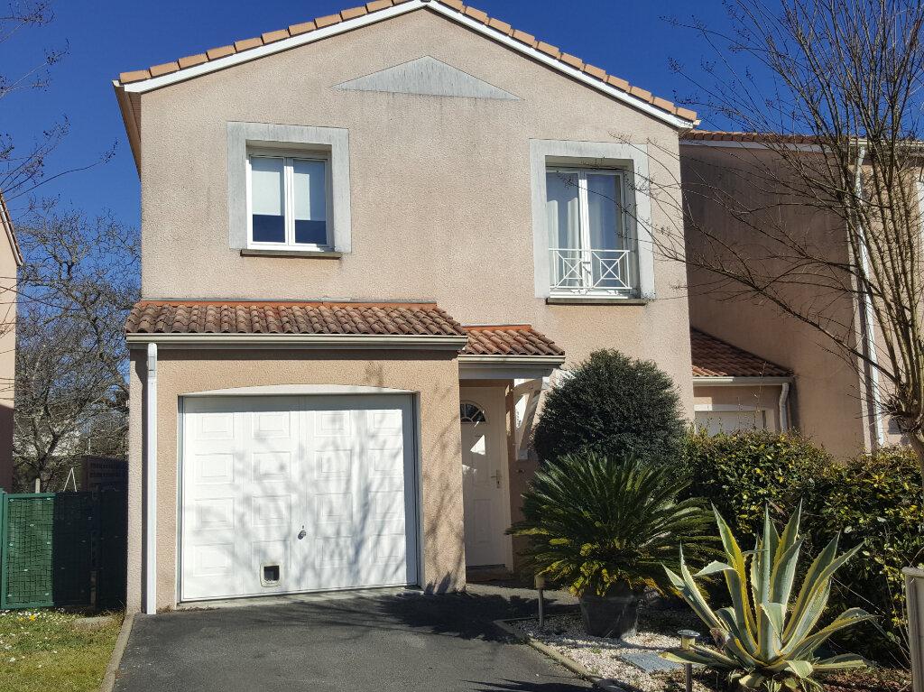 Maison à vendre 4 81.7m2 à Pau vignette-1