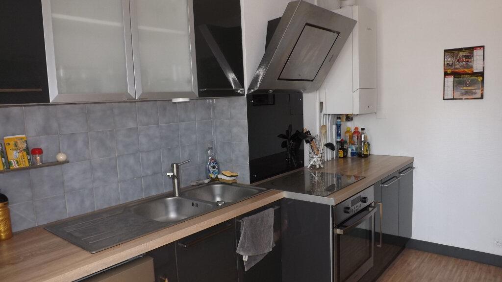 Appartement à louer 3 66m2 à Billère vignette-6