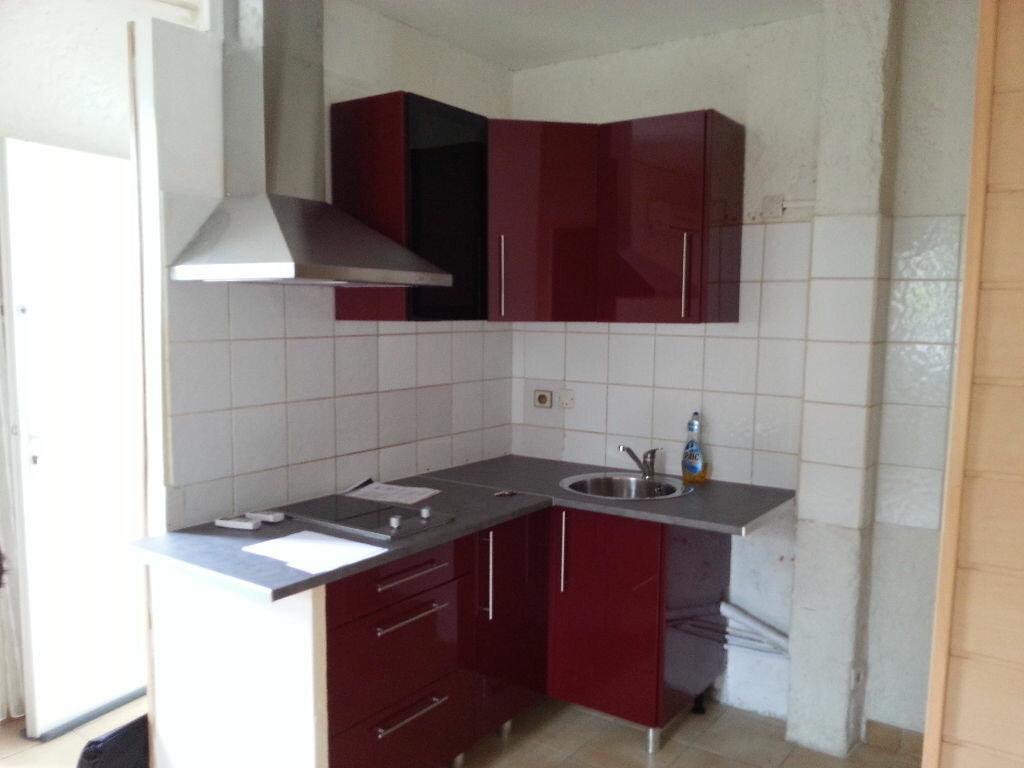 Appartement à louer 2 40m2 à Lescar vignette-1