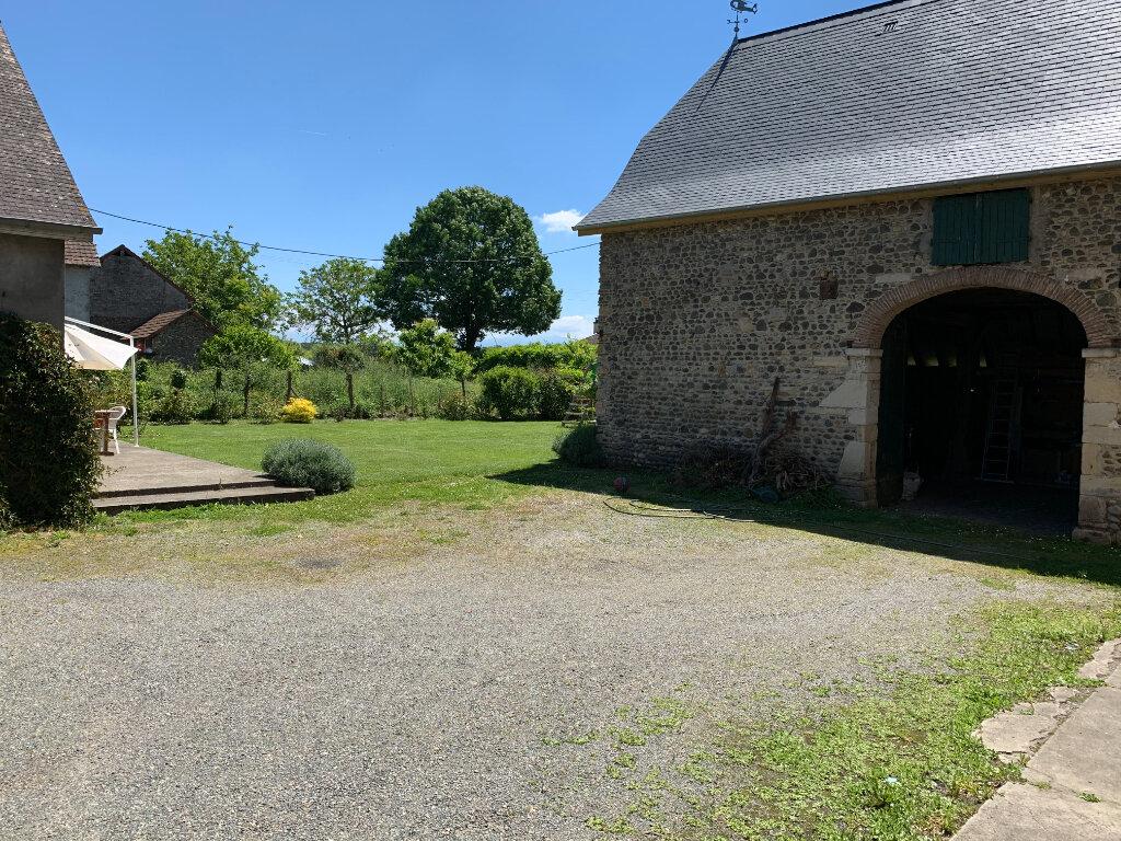 Maison à louer 5 156m2 à Noguères vignette-3