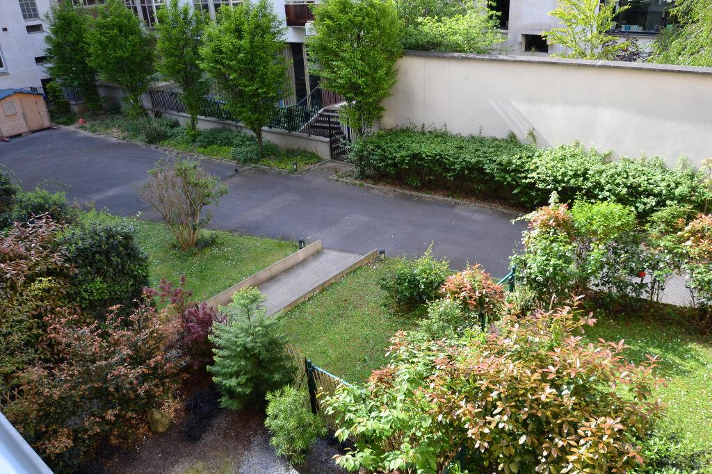 Appartement à louer 1 34.5m2 à Paris 12 vignette-2