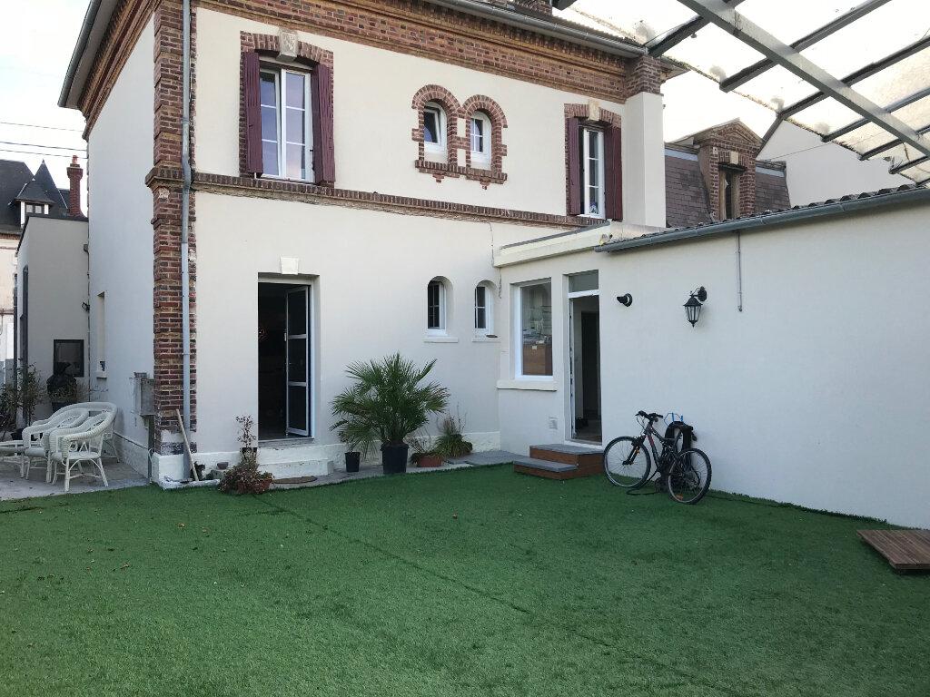 Maison à vendre 8 260m2 à Dives-sur-Mer vignette-1