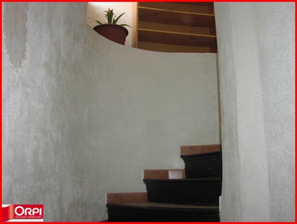 Maison à louer 4 75m2 à Vinon-sur-Verdon vignette-2