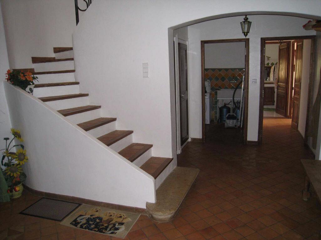 Maison à louer 5 220m2 à Saint-Julien vignette-3